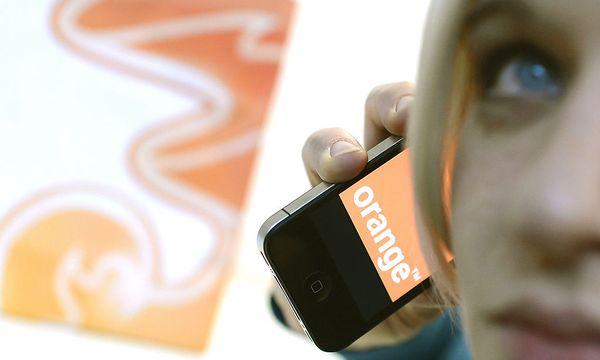 Letzte Hürde weg: 3 übernimmt Orange / Bild: (c) APA/HELMUT FOHRINGER