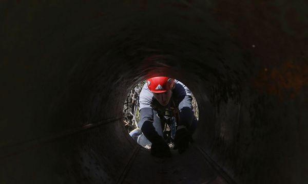 Höhlenforscher / Bild: REUTERS
