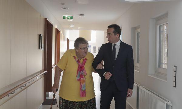 Christian Kern besucht ein Pflegewohnheim in Wien-Döbling. / Bild: (c) APA/BKA/HANS HOFER