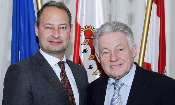 Finanzstaatssekretär Andreas Schieder und Oberösterreichs Landeshauptmann Josef Pühringer  / Bild: (c) APA (LAND OÖ/HEINZ KRAML)