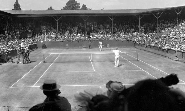 Der berühmte Center Court von Wimbledon, Aufnahme von 1900 / Bild: (c) imago stock&people