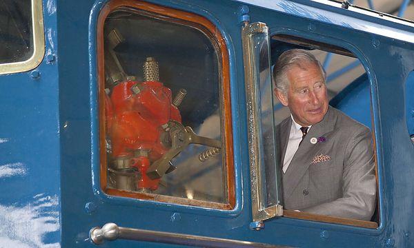 Charles im Lokomotivmuseum von York / Bild: EPA
