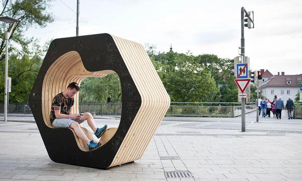 (c) Miriam Raneburger Modular. Hohensinn Architektur & Miniform lassen Nutzung und Arrangement mit ihrem Möbel offen.