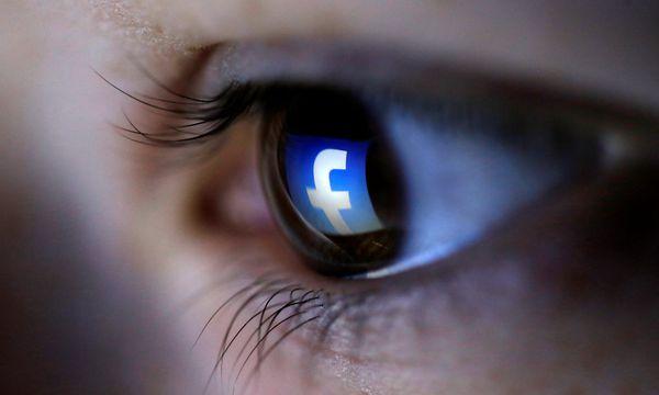 Facebook ist wegen seiner Löschpolitik in Kritik geraten. / Bild: REUTERS/Dado Ruvic/Illustration/File Photo