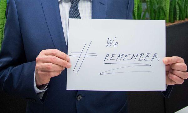 Reinhold Mitterlehner zum Holocaust-Gedenken / Bild: (c) APA/ÖVP/Paul Gruber