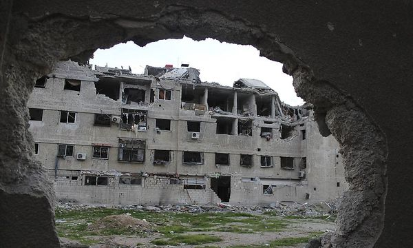 Syrischer Bürgerkrieg: zerstörte Häuser in Zamalka / Bild: REUTERS
