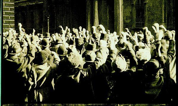 """Filmausschnitt aus """"Die Stadt ohne Juden"""" von Hans Karl Breslauer (1924).  / Bild: Filmarchiv Austria"""