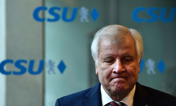 Bei Horst Seehofer und seiner CSU ist die Stimmung ist mies. / Bild: (c) AFP