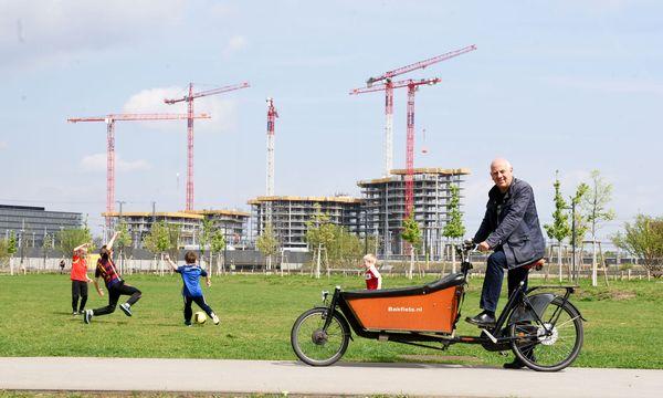 Der heimliche Herr über die neuen Wohnprojekte: Wenn in Wien gebaut wird, kommt man an Christoph Chorherr kaum vorbei. / Bild: (c) Die Presse (Clemens Fabry)