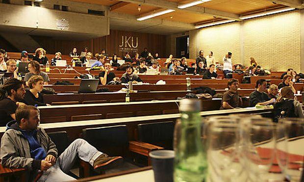 Studentenproteste in Graz, Salzburg und Klagenfurt « DiePresse.com