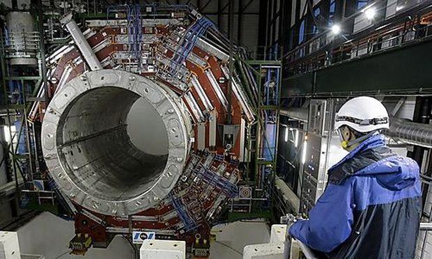 FRANCE CERN DETECTOR CMS