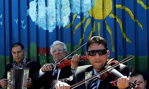 ROMANIA INTERNATIONAL ROMA DAY