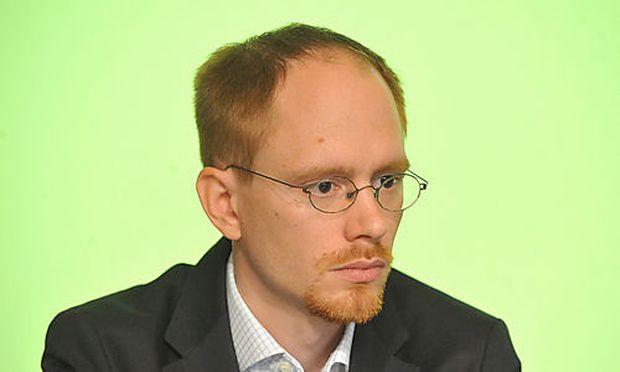 Alexander Zach