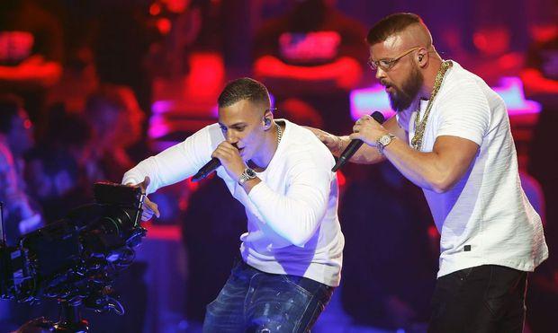 Wie antisemitisch ist deutscher Gangsta-Rap? Diese Frage brodelt seit Jahren, nun kocht sie - wegen  der Rapper Kollegah und Farid Bang.