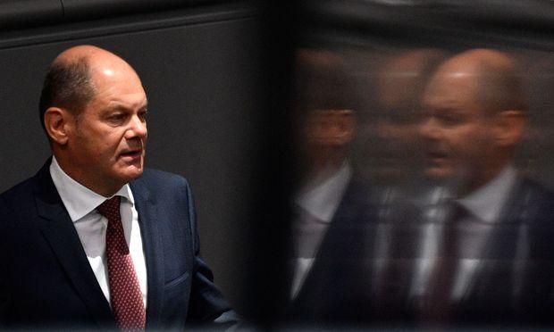 Der deutsche Finanzminister, Olaf Scholz, und seine Kollegen suchen Lösungen.