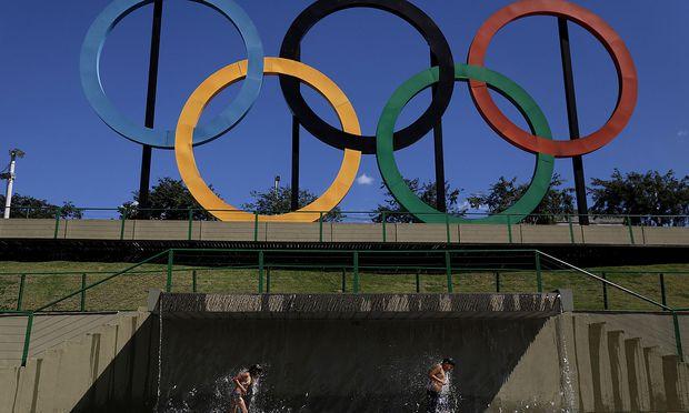 Archivbild: Olympische Ringe im Madureira Park