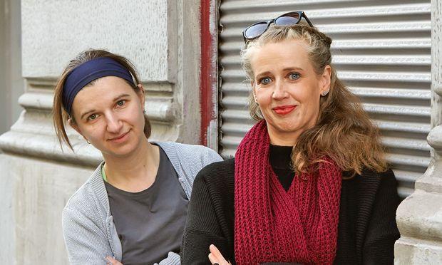 Auf der Suche. Anna Vasof (l.) und Michaela Mandel  erproben Möglichkeiten des Animationsfilms.