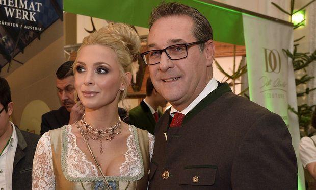 Heinz-Christian Strache und seine Frau Philippa erwarten ein Baby.