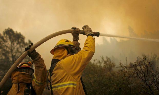 USA: Kalifornien kämpft gegen größten Waldbrand in der Geschichte