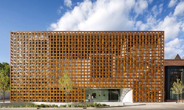 Die reiche Stadt zeigt sich kunstsinnig: Shigeru Ban baute das Aspen Art Museum.