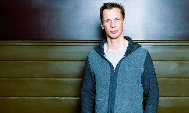 Kabarettist Klaus Eckel ist mit seinem mittlerweile zehnten Programm auf Tour.