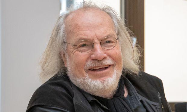 Gustav Kuhn.