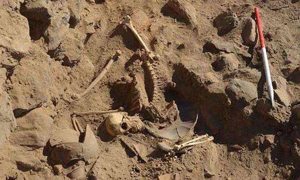 Wer war er? Der Tote von Hisn al-Bab dürfte zwischen 25 und 30 Jahre alt gewesen sein, Waffen bei sich getragen und ein anstrengendes Leben geführt haben.