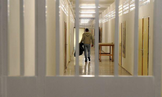 Bei Häftlingen sind aber Motivation und die Fähigkeit zu lernen oft eingeschränkt.