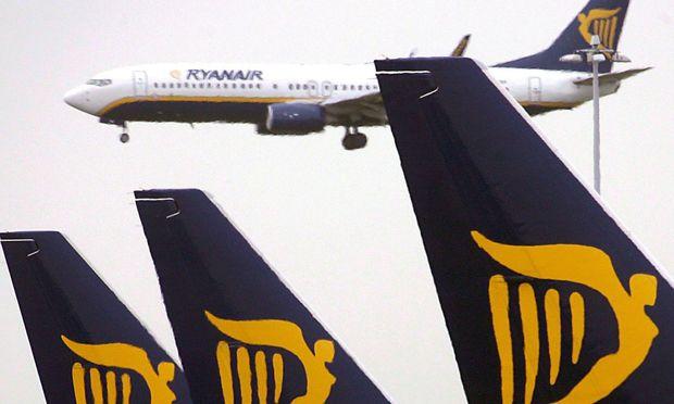 Britische Luftverkehrsaufsicht droht Ryanair mit Klage