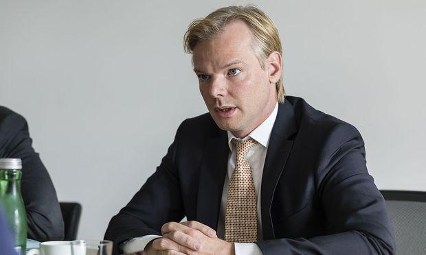 Casinos-Vorstand Peter Sidlo: Symbolfigur für Postenschacher / Bild: Mirjam Reither
