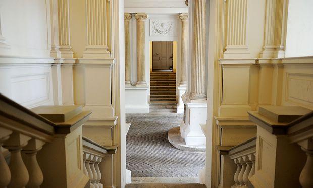 Einen repräsentativen Eingangsbereich lässt man sich auch etwas kosten.