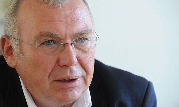 Alfred Gusenbauer ist in Kasachstan für den autokratischen Präsidenten Nasarbajew im Einsatz.