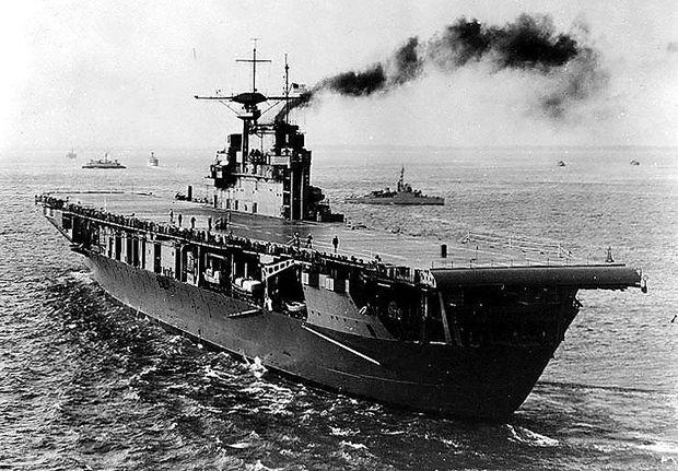 USS Hornet, Ende 1941 im Atlantik
