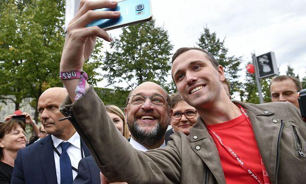 Ein Selfie mit dem SPD-Kanzlerkandidaten.