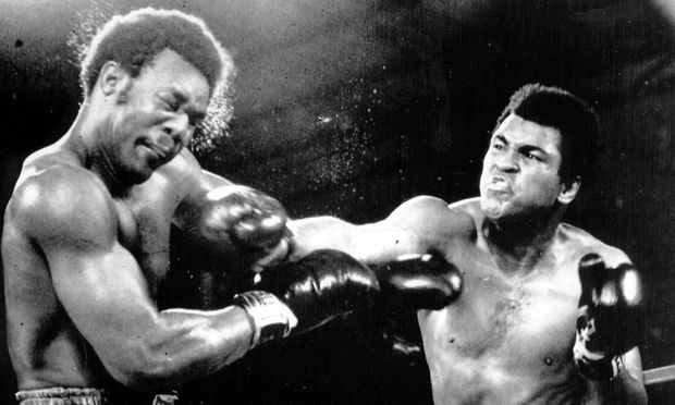 MOHAMMAD I AM THE GREATEST ALI ROCKS GEORGE FOREMAN WITH A HARD RIGHT 29 10 EN ROUTE TO AN 8 R