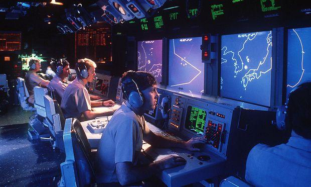 Aegis-Operationszentrale, diesfalls auf einem amerikanischen Kreuzer der Ticonderoga-Klasse (Archivbild)