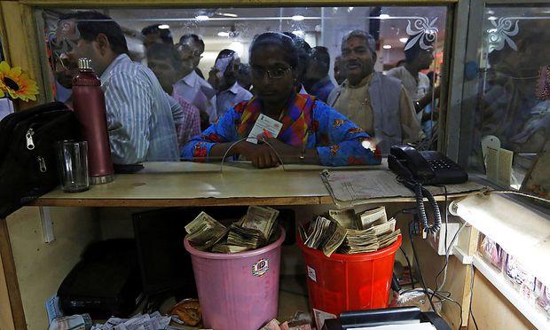Bankschalter in Indien
