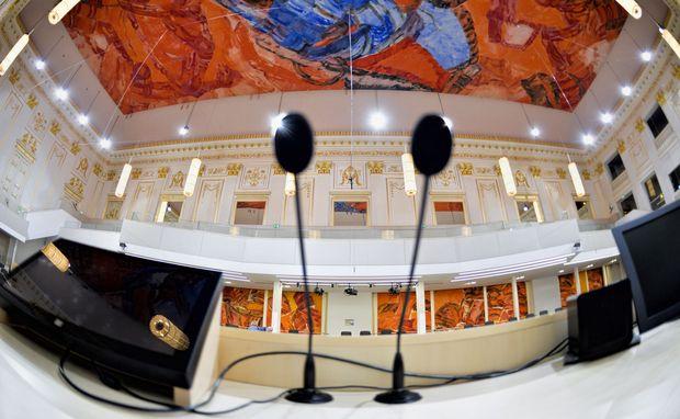 Im Sitzungssaal in der Hofburg herrscht bis zur Wahl das freie Spiel der Kräfte.