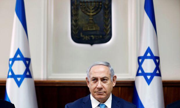 In Jerusalem wächst die Sorge, dass sich Tausende schiitische Kämpfer aus dem Iran, aus Pakistan und Afghanistan dauerhaft in Syrien niederlassen und von dort aus jederzeit neue Provokationen gegen den Judenstaat lancieren könnten.