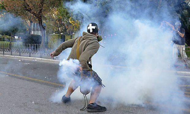 Griechenland: Krawalle bei Demonstration gegen Sparpaket