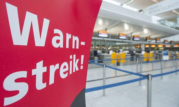 Über 800 Lufthansa-Flüge fallen aus