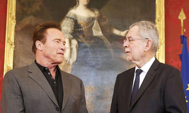 Das erste Treffen Schwarzeneggers mit Bundespräsident Van der Bellen.