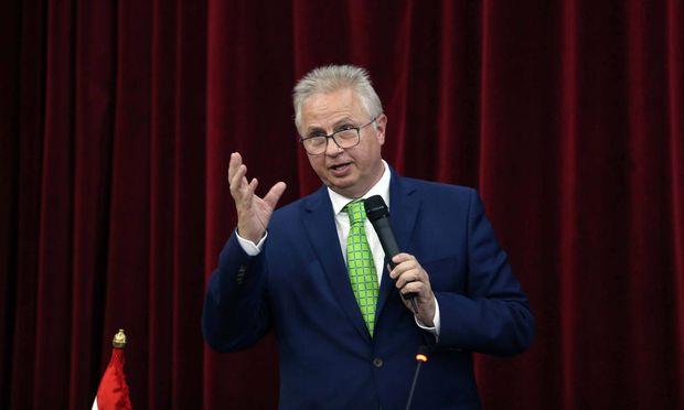 Justizminister László Trócsányi tritt als Fidesz-Spitzenkandidat bei der Europawahl an. / Bild: (c) imago/ZUMA Press (imago stock&people)