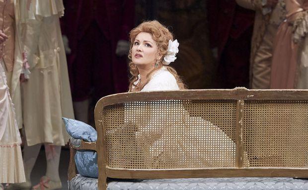 Sie hat den langen Atem und die Klangfülle: Anna Netrebko als Maddalena. / Bild: (c) Staatsoper/Michael Pöhn