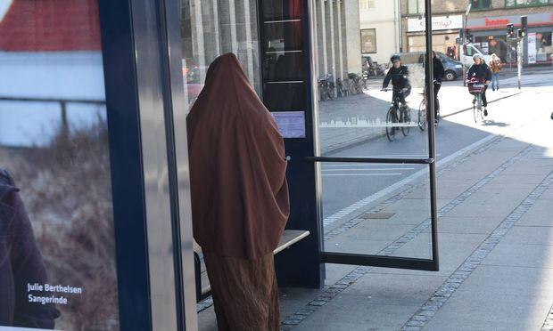 Räuber nahm Burka und Sonnenbrille zur Tarnung (Symbolbild)