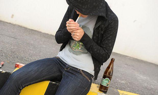 Themenbild - jugendliche Raucher
