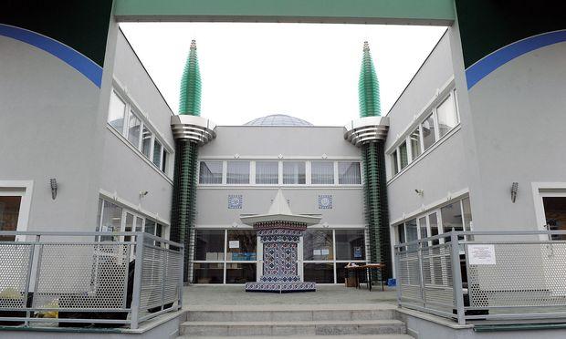 Eine Atib-Moschee in Bad Vöslau. Zwei Imame des Vereins hatten Beschwerde eingelegt.  / Bild: Clemens Fabry