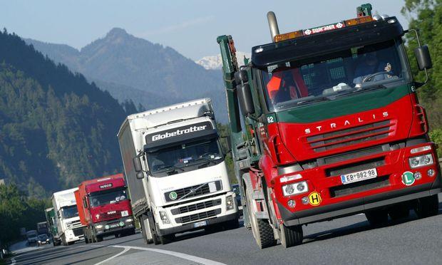 Lkw sollen in Zukunft 30 Prozent weniger Treibhausgase ausstoßen.