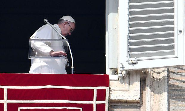 Papst Franziskus äußert sich in einem Vorwort eines Buches zu Kindesmissbrauch.