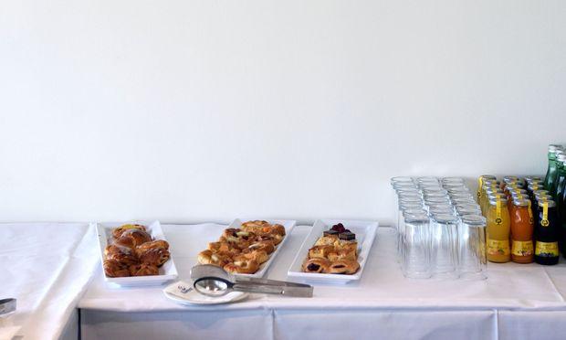 Nahrung für Stiftungsräte: Fünfeinhalb Stunden dauerte die Sitzung.